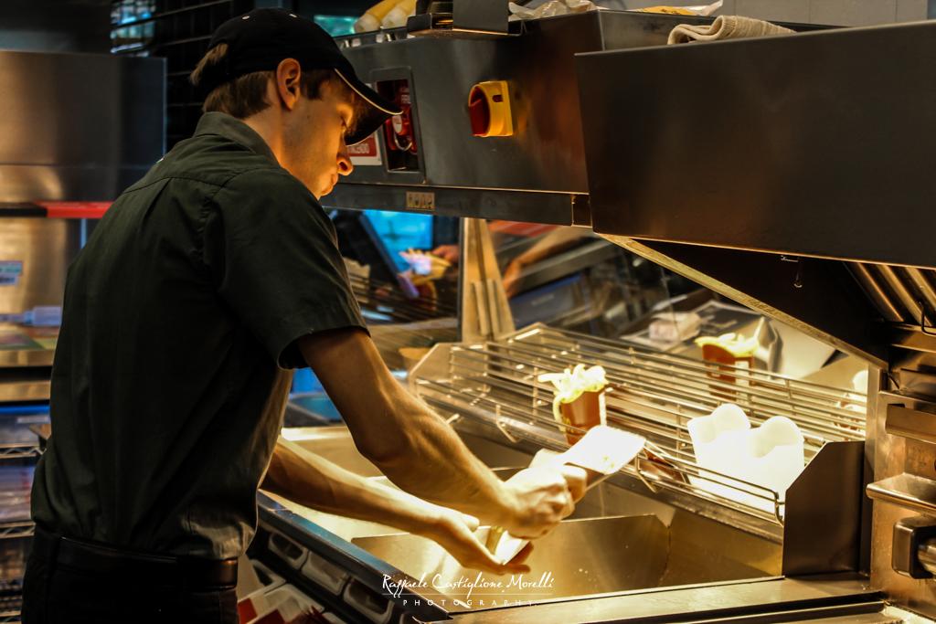 Cucine aperte McDonald's AbruzzoLive e MarsicaLive nelle cucine del Mc (18)