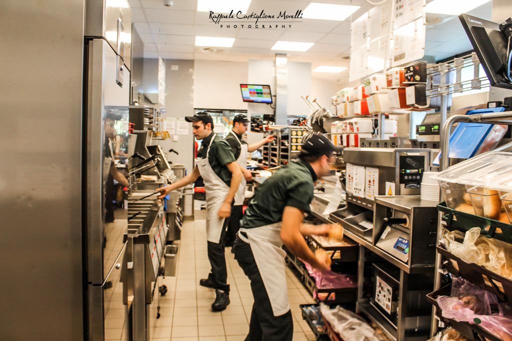 Cucine aperte McDonald's AbruzzoLive e MarsicaLive nelle cucine del Mc (23)